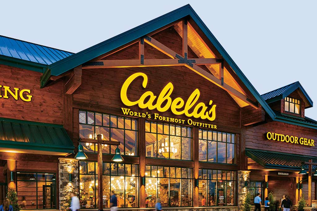 Cabela's and Bass Pro Shops Still Open, Selling Guns Amid Coronavirus –  Footwear News