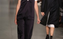 DKNY Spring 2016 New York Fashion