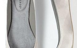 Jeweled shoe clip