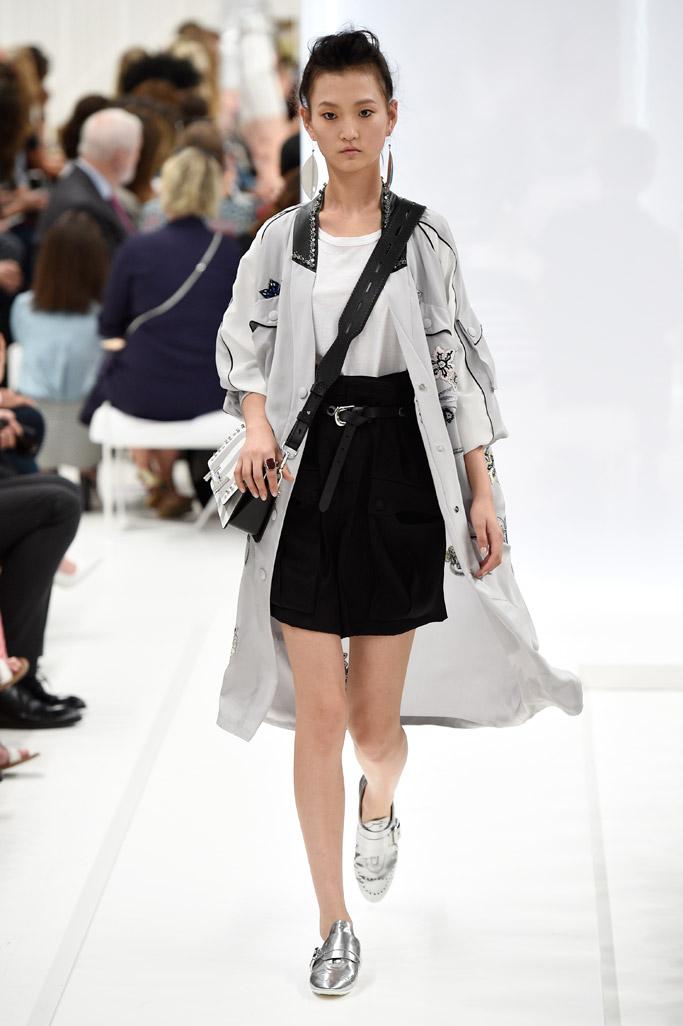 Tod's Spring 2016 Milan Fashion Week