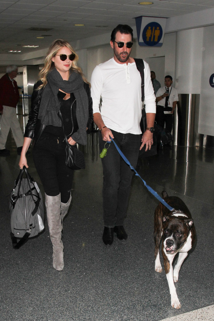 Kate Upton Airport Style