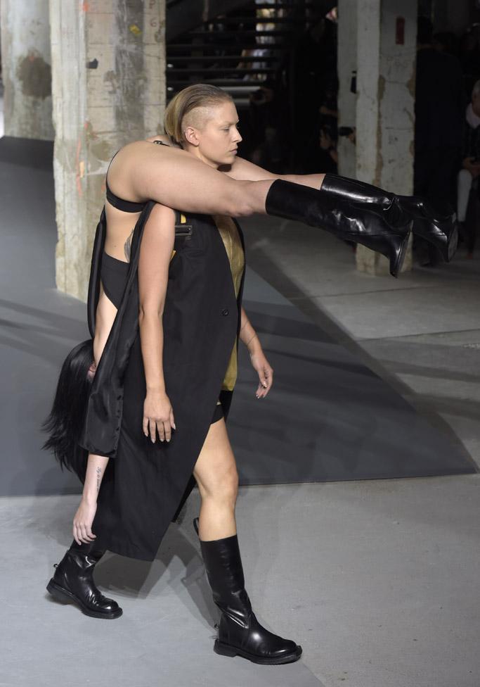 Rick Owens Spring 2016 Paris Fashion Week