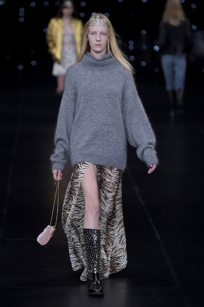 Saint Laurent Spring 2016 Paris Fashion Week