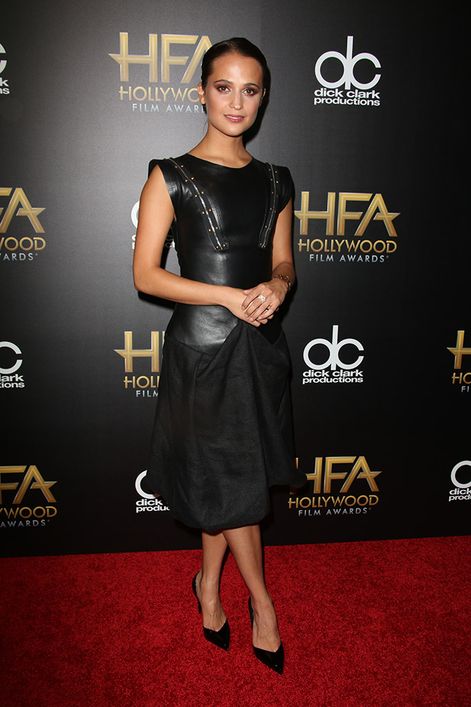 Alicia Vikander Hollywood Film Awards Red Carpet Louis Vuitton Shoes