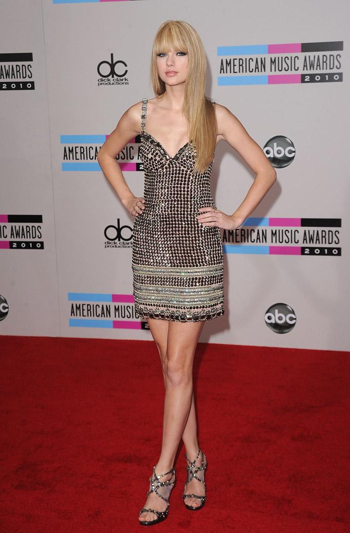 Taylor Swift AMAs 2010