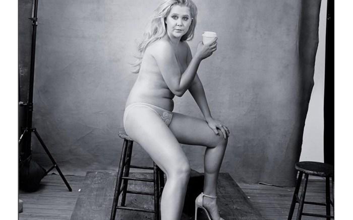 Amy Schumer in Stuart Weitzman Nudist