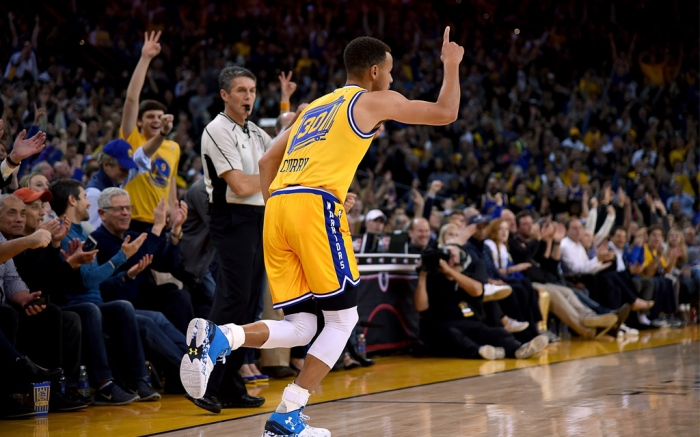 Stephen Curry Record Warriors Under Armour