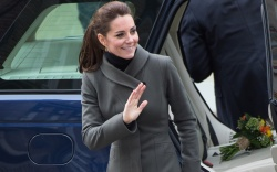 Kate Middleton in Aquatalia