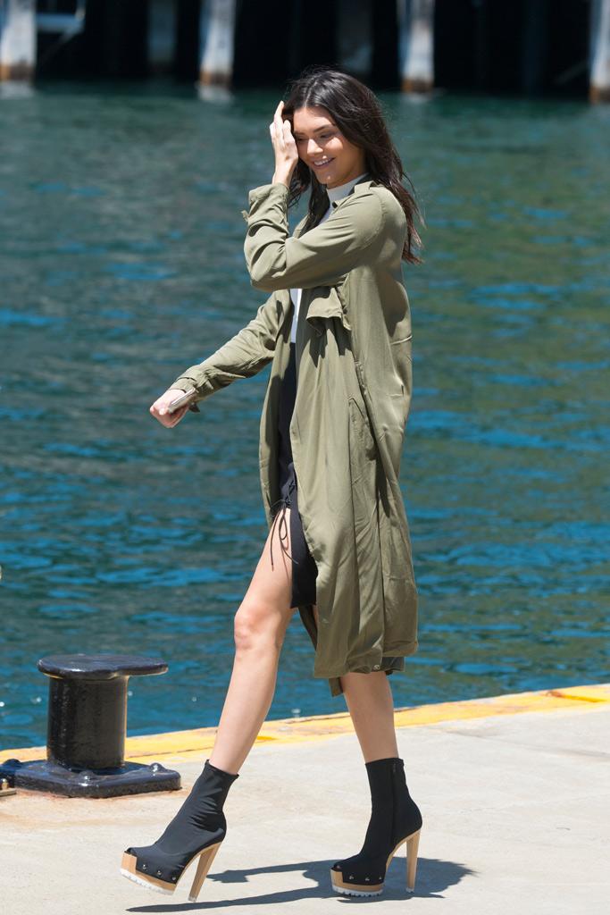 Kendall Jenner Vera Wang Spring 2016