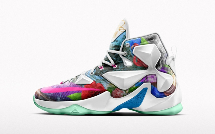 NikeiD Lebron 13 25K Sneakers