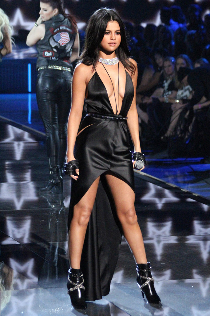 Victoria's Secret Fashion Show 2015 Selena Gomez