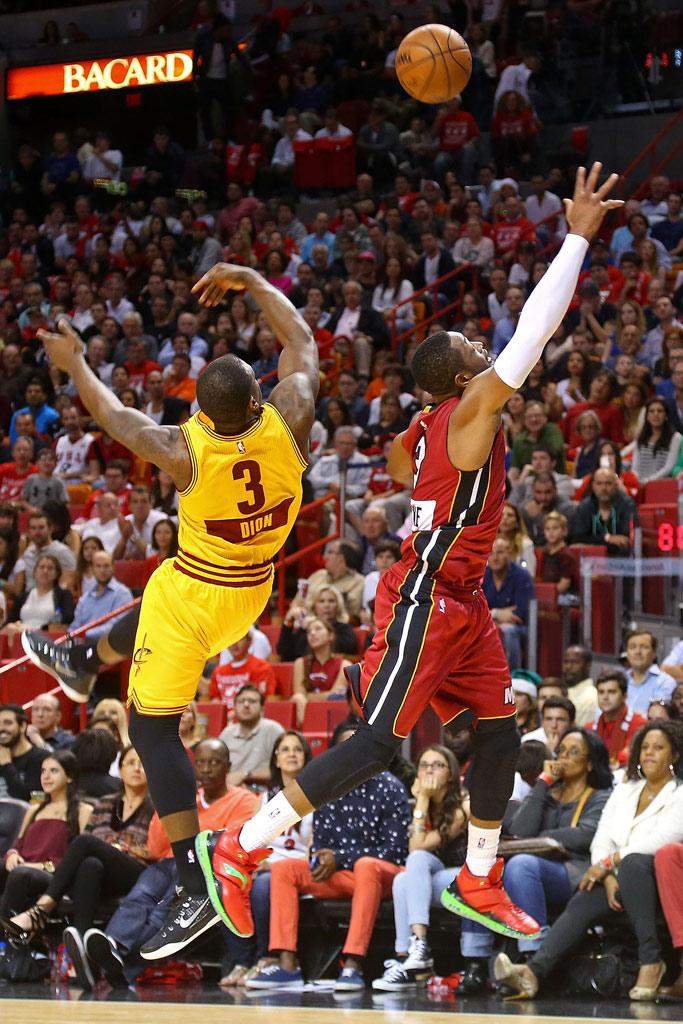 Dwayne Wade Miami Heat Christmas Li Ning