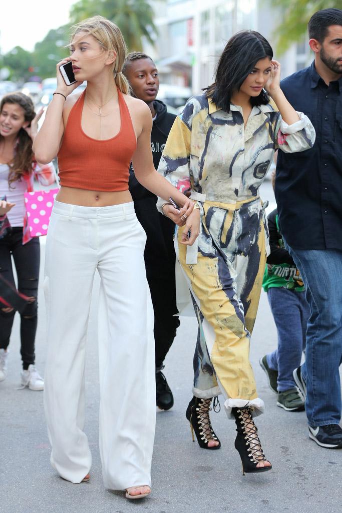 Kylie Jenner Hailey Baldwin Miami
