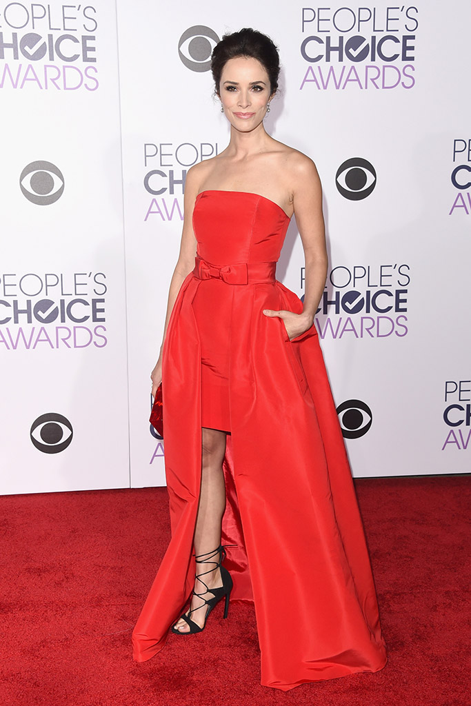 Abigail Spencer People's Choice Awards 2016 Red Carpet