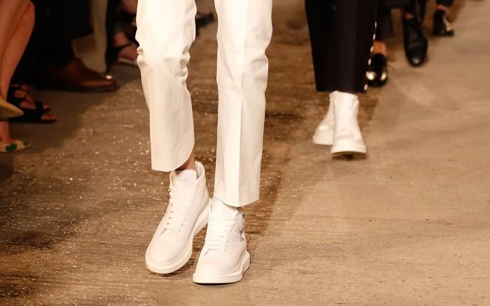 Alexander McQueen Spring 2016 Menswear Show
