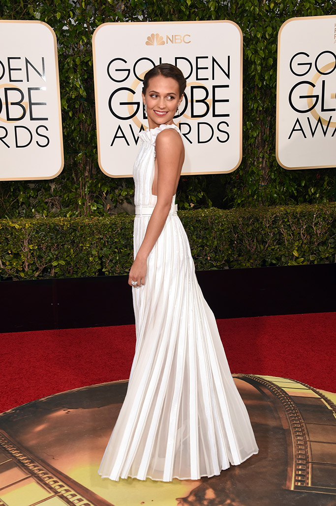 Alicia Vikander Golden Globes Red Carpet 2016
