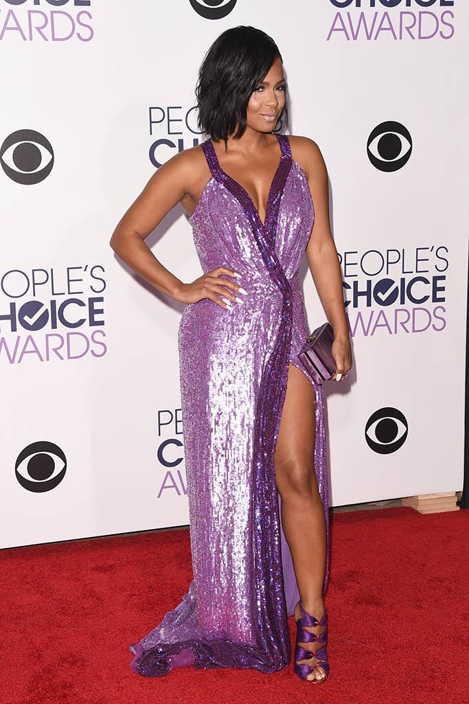 Christina Milian People's Choice Awards 2016 Red Carpet