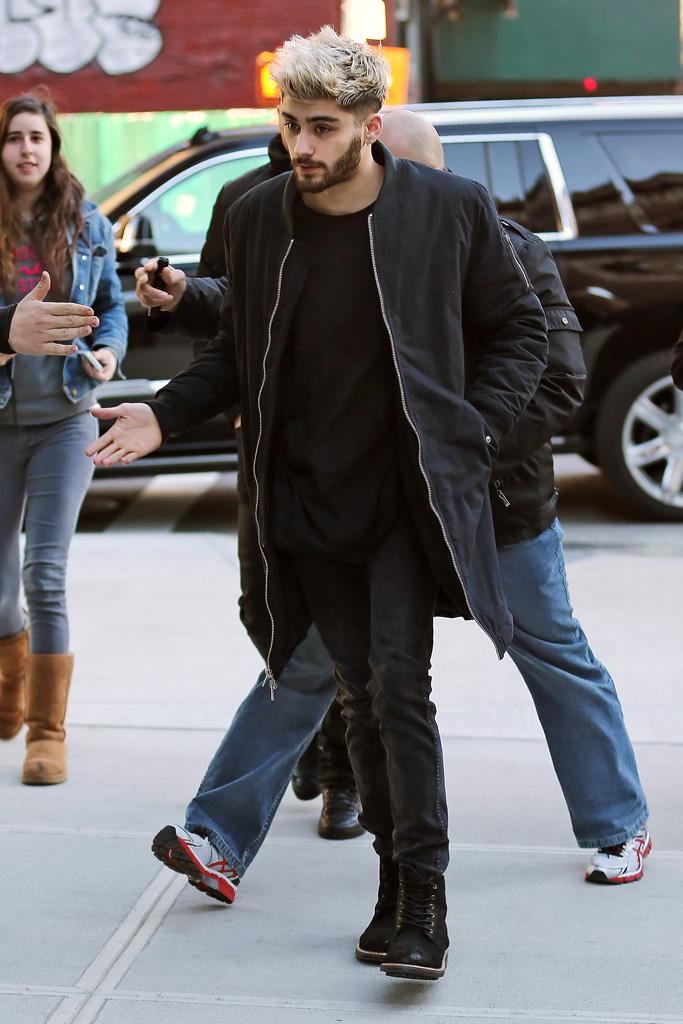 Gigi Hadid Zayn Malik Couples Shoe Style