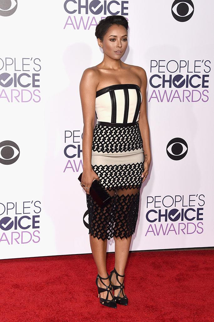 Kat Graham People's Choice Awards 2016 Red Carpet