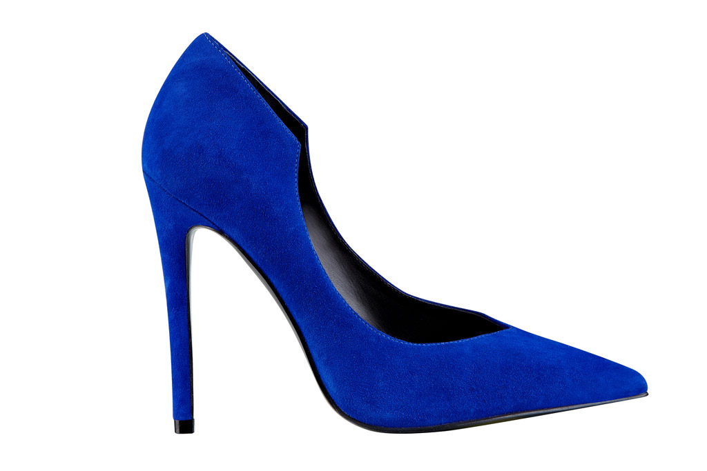 kendall-kylie-jenner-shoes-spring-2016-abi-blue-suede