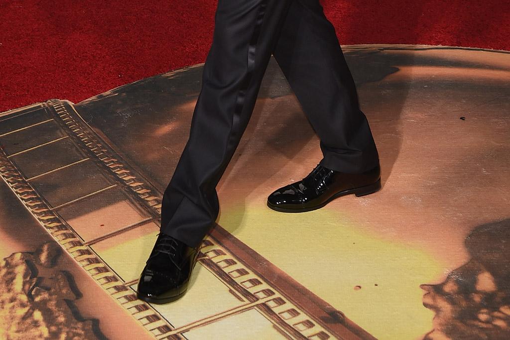 Leonardo DiCaprio Golden Globes Red Carpet 2016