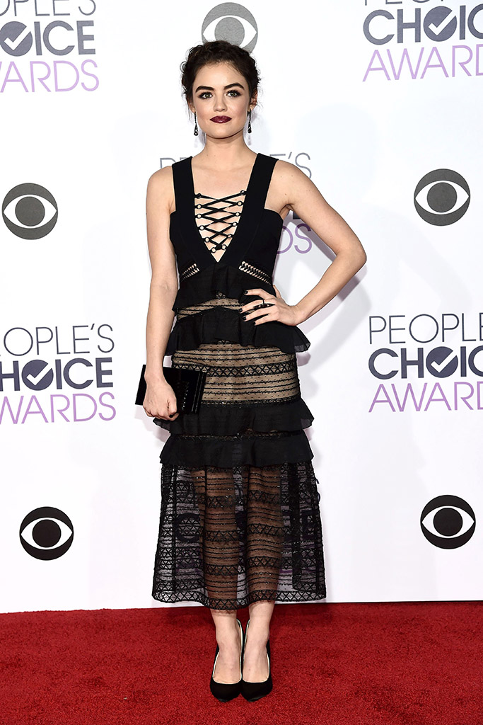 Lucy Hale People's Choice Awards 2016 Red Carpet