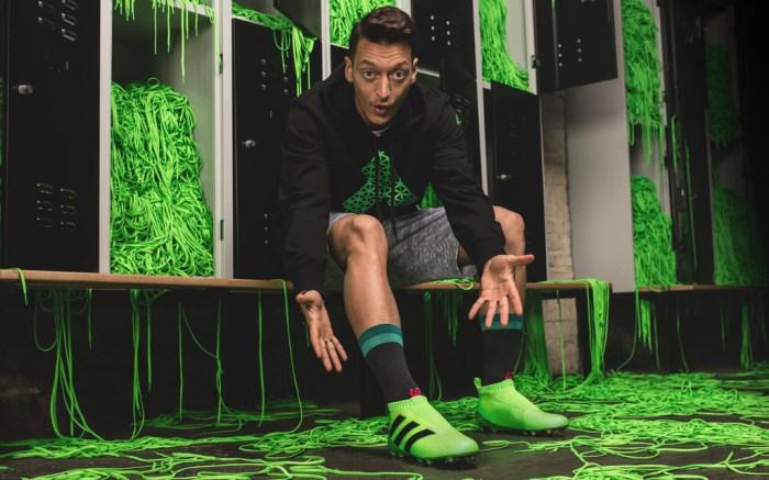 Mesut Ozil Adidas Laceless Cleats