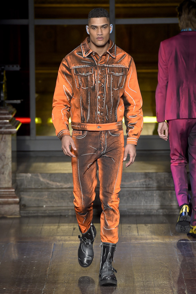 Moschino London Collection: Mens RTW Fall 2016