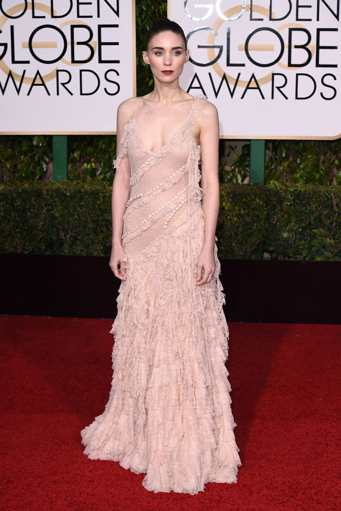 Rooney Mara Golden Globes Red Carpet 2016