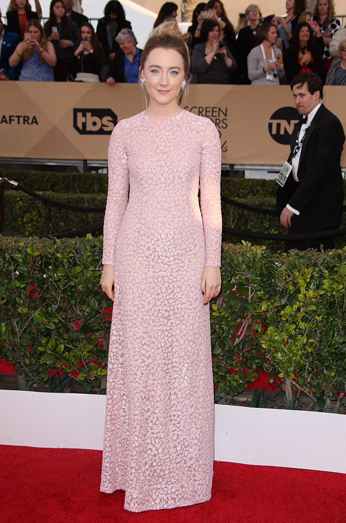 Saoirse Ronan SAG Awards 2016 Red Carpet