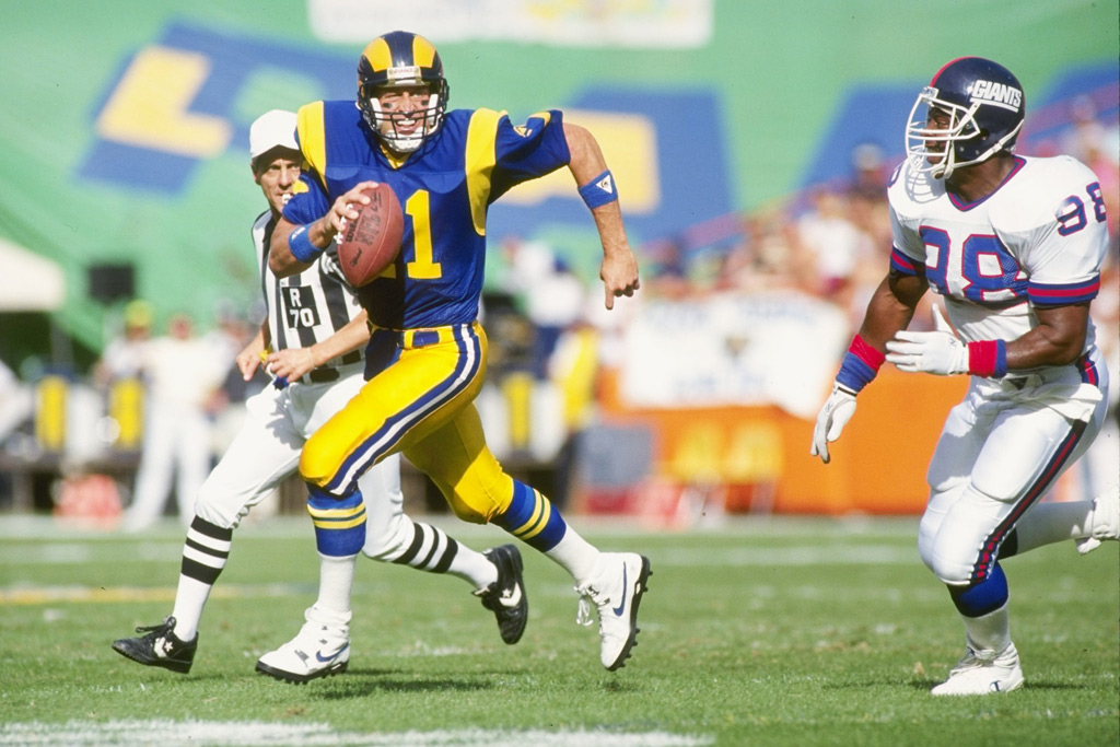 Los Angeles Rams quarterback Jim Everett