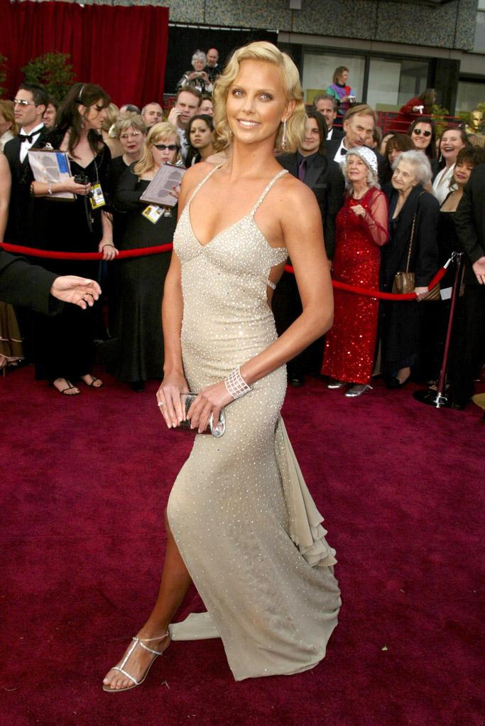 Charlize Theron 2004 Oscars