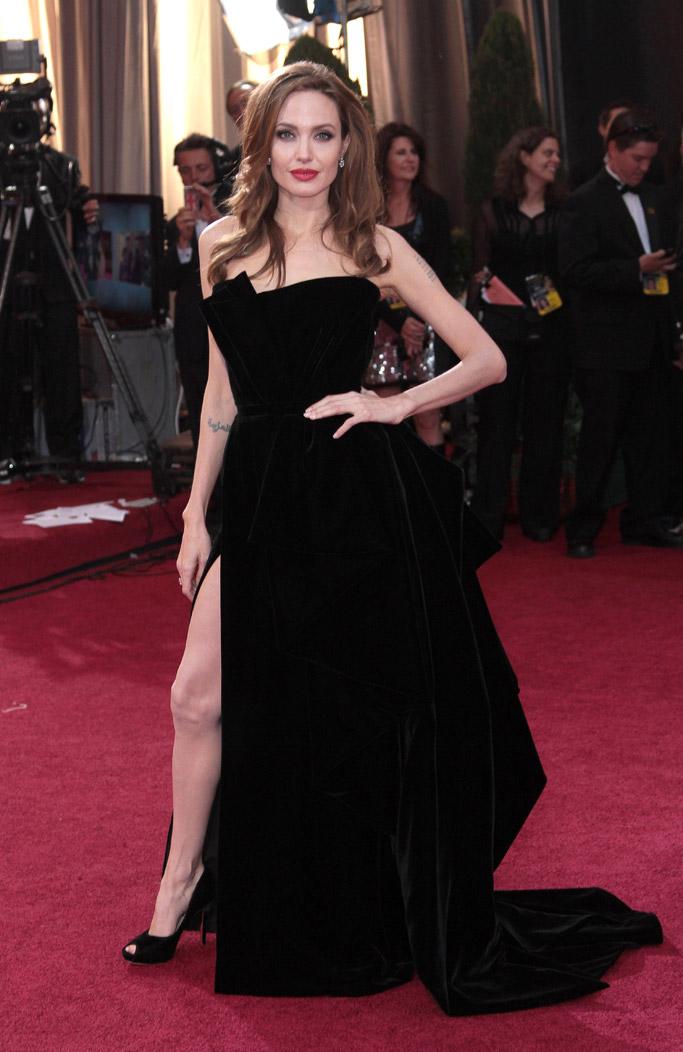 Angelina Jolie in Salvatore Ferragamo 2012 Oscars