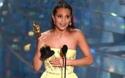 Alicia Vikander 2016 Oscars