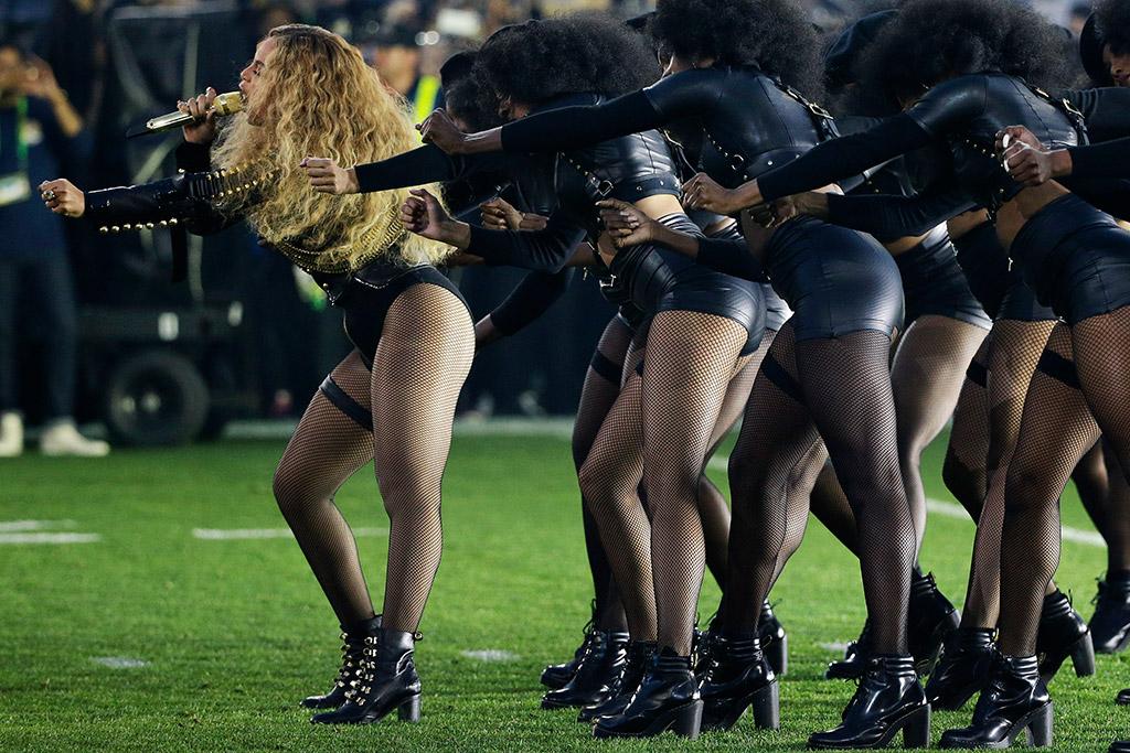Beyonce Super Bowl Performance Christian Louboutin