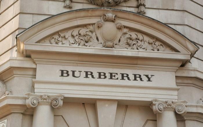 Burberry Fall 2015 London Fashion Week Show Live Stream