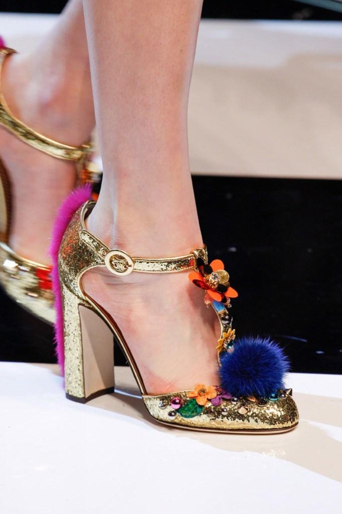 Dolce and Gabbana RTW Fall '16