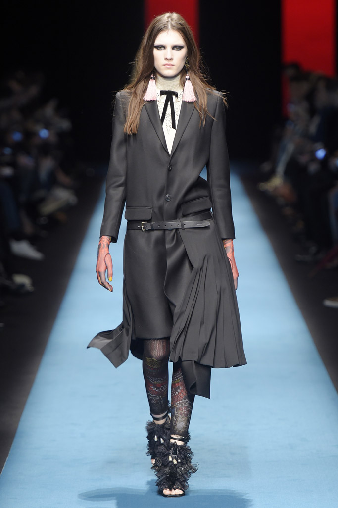 Dsquared2 Fall 2016 Shoes On The Runway