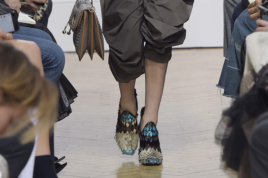 JW Anderson Fall 2016 Shoes On The Runway