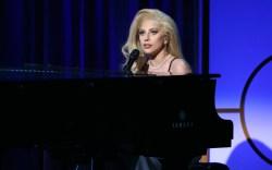 Lady Gaga David Bowie Tribute Performance