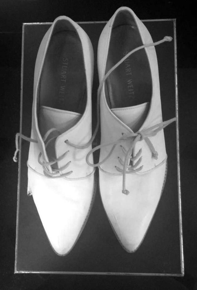 Lady-Gaga-white-Stuart-Weitzman-David-Bowie-shoes