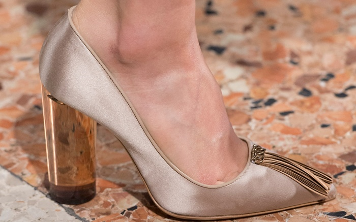 Les Copains Fall 2016 Collection Shoes On The Runway