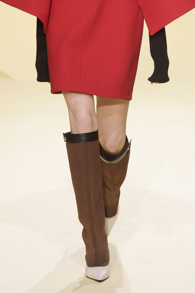 Marni Fall 2016 Shoes On The Runway