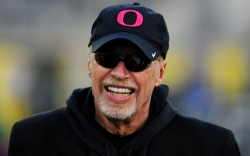 Nike Phil Knight Stanford University