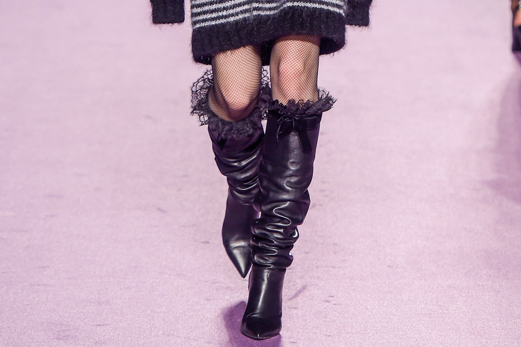 Philosophy di Lorenzo Serafini Fall 2016 Shoes On The Runway