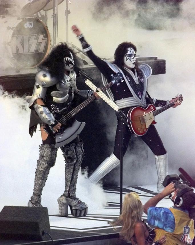 Kiss Super Bowl Halftime Show