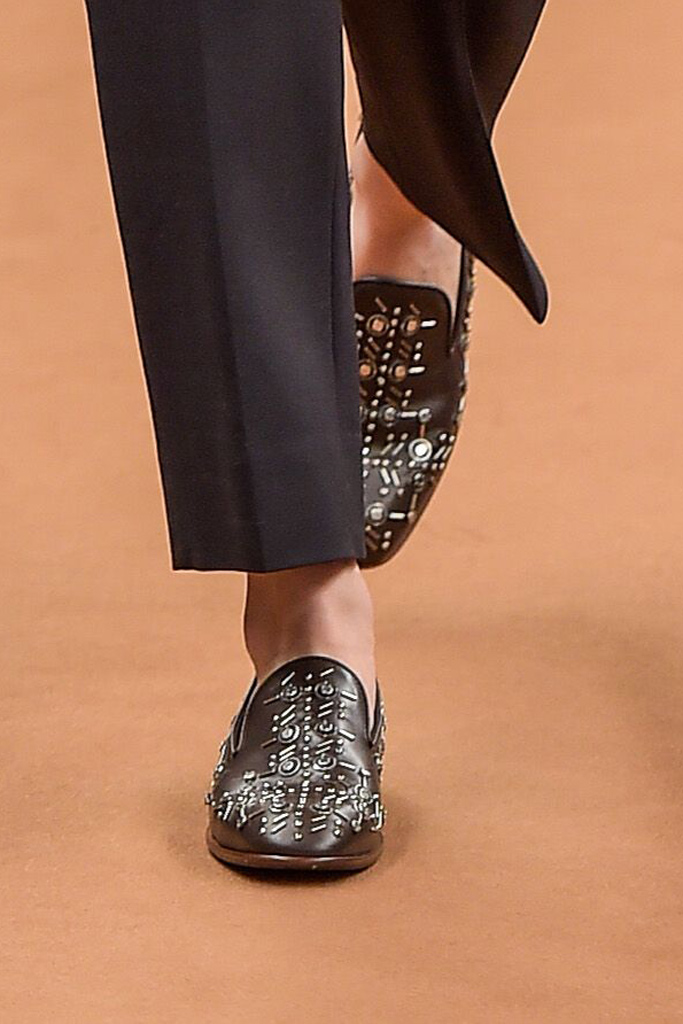 Tod's Fall 2016 Shoes On The Runway