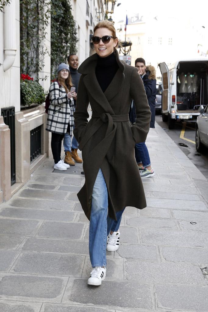 Karlie Kloss Paris Fashion Week