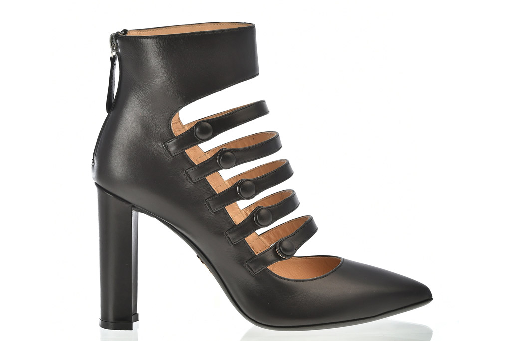 Chelsea Paris Fall 2016 Shoes Collection