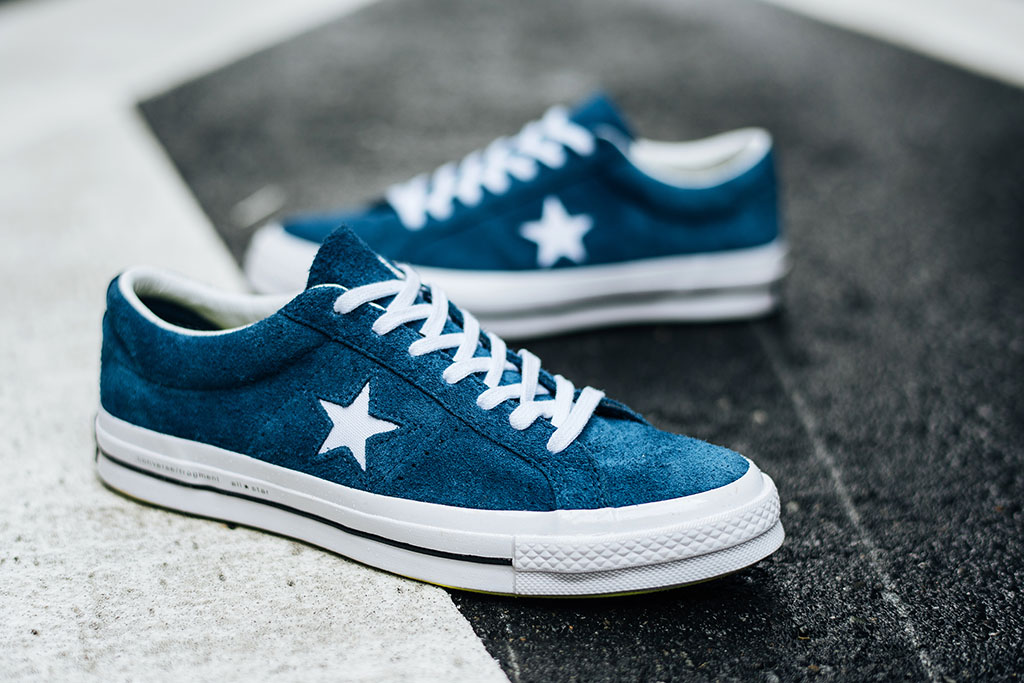 Converse Fragment Design One Star '74 blue sneaker